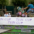 Twin-Cup 12||<img src=_data/i/upload/2013/10/01/20131001084106-4c442e0a-th.jpg>